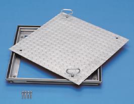 Schachtabdeckung aus Stahl mit Riffelblechdeckel