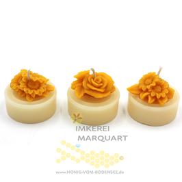 3 weisse Teelichter Jumbo mit Blumenmotiven