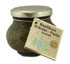 Basilikum-Kräuter-Paste