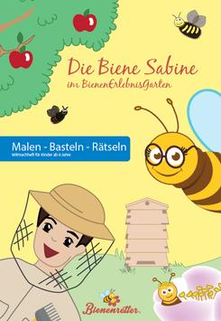 Sabine im BienenErlebnisGarten