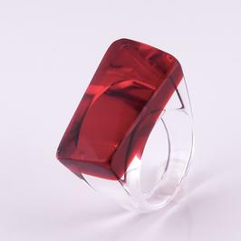 Dunkelroter Ring