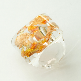 Transparenter Ring mit Kupfer