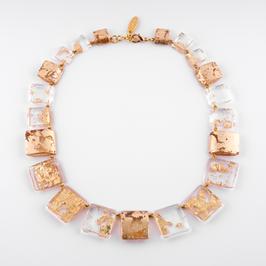 Halskette Goldmetalleinschluss
