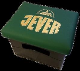 Original JEVER Logo auf grünem Kunstleder