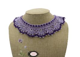 tour de cou Héloïse contraste de violets, bijou textile réalisé au crochet