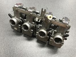 Set carburatoren voor 4-cilinder motoren