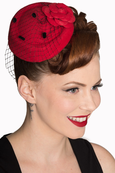 Banned Fascinator Marilyn rot