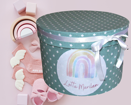 Erinnerungsbox Lotta,  Namensbox in verschiedenen Farben mit Motiv - Regenbogen rosa, Regenbogen pastell, Stern, Flamingo, Einhorn - Babygeschenk Mädchen