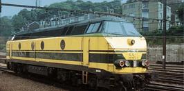 Diesellok NMBS 5522  geel/ groene kleur stelling Depot Kinkempois tp IV