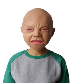 Kind weinend