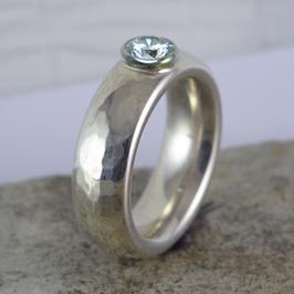 Silber-Ring geschmiedet
