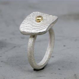 Silber-Ring mit 18ct. Gelbgold Kügelchen
