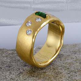 Gelbgold-Ring Sternenhimmel