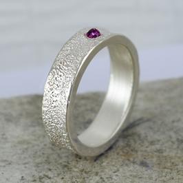 Silber-Ring mit Rubin Cabachon