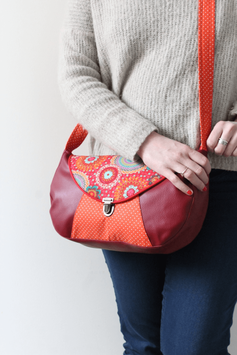 Sac besace rouge multicolore