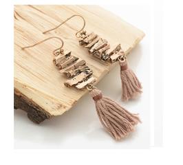 Boucles d'Oreilles Dorées Pompon (réf : AC131)