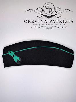 Schiffchen schwarz mit grüner Paspel, Satinband und Glasperle, Unikat Größe 60
