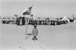 Christine Spengler. Sahara Occidental, 1976. Enfant soldat du Front Polisario.