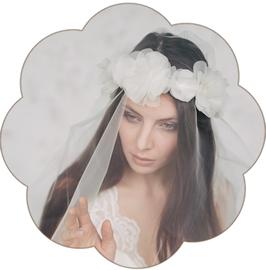 LAURA Blüten Haarkranz Seide Braut Ivory