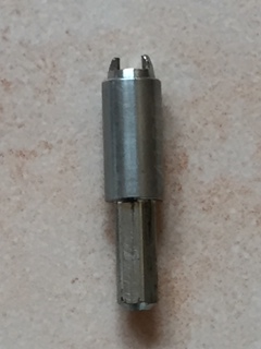 Adapter für Spikes