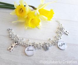 Bracelet perles lisses breloques personnages au choix