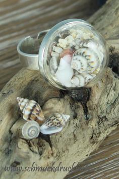 290 Ring klein mit Muscheln und Sand