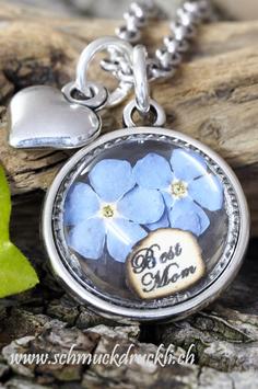 """198 Amulett """"Best Mom"""" mit getrockneten Vergissmeinnicht und Anhänger Herz"""