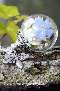 """175 kleine Glashohlperle """"Blütenzauber"""" und Anhänger Biene"""