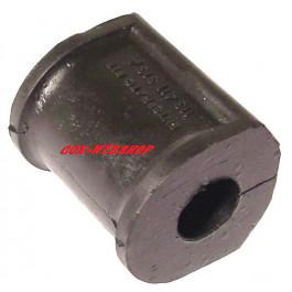 Silentbloc de barre stabilisatrice sur le nez de chassis pour coccinelle 1302 & 1303