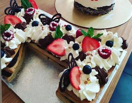 NUMBER CAKE FRAISES ET MENTHE FRAÎCHES