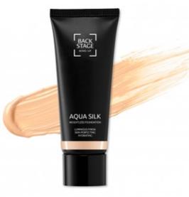 Aqua Silk Weightless Foundation