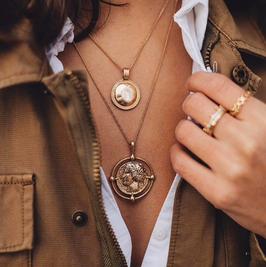 Halskette Tanit