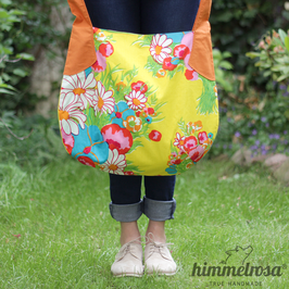 bunte Blumen auf gelb – Sommertasche