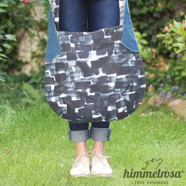 abstaktes Muster in Blautönen– Sommertasche