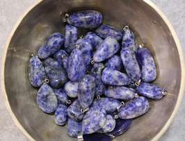 Pendentif pierre roulée Sodalite