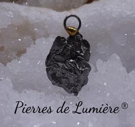 Pendentif météorite