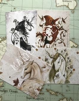 """Lot de 4 cartes postales """"licornes, charmes et sortilèges"""""""