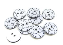 10 boutons étoile en résine noir et blanc - 13 mm  - BT093