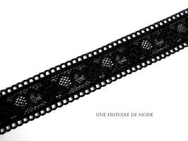 1 mètre de dentelle noire stretch à fleurs et festonnée - 24 mm  - D33