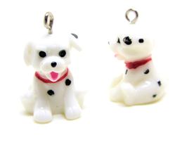 Breloque chien 3D en résine  - 21 x 18 mm