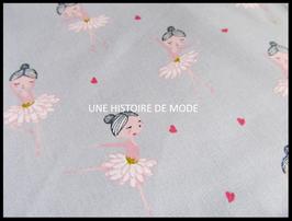 Tissu danseuses classiques en coton gris - 50 x 45 cm - T97