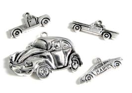 4 breloques voiture en métal argenté  - RZZ47