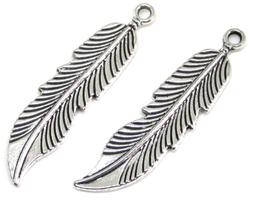 2 Breloques plume en métal argenté - 46 x 11 mm - RZZ70