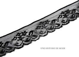 1 mètre de dentelle noire - 30 mm de largeur - D64