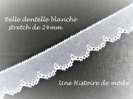 1 mètre de dentelle stretch blanche à résilles et vagues - D52