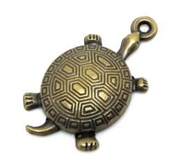 Breloque tortue en métal couleur bronze - 34 x 18 mm
