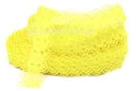 1 mètre de dentelle jaune de 15 mm de largeur D93
