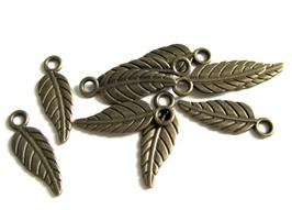 10 breloques feuilles en métal bronze - 19 x 6 mm - RZZ127