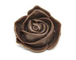 Cabochon fleur marron en résine  33 x 30 mm - C2