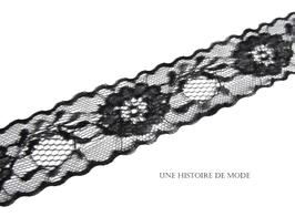 1 mètre de dentelle noire à fleurs - 38 mm  - D25